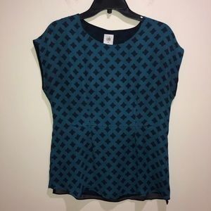 CAbi Size XS Cap Sleeve Turquoise Printed Blouse